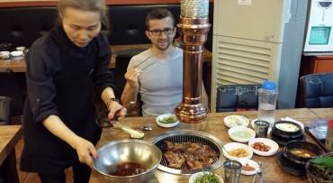 Banchan e carne alla brace