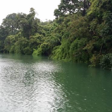Lago Yeak Laom