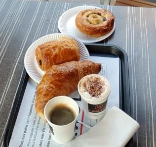 Croissant a colazione