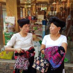 Donne etnia Yao
