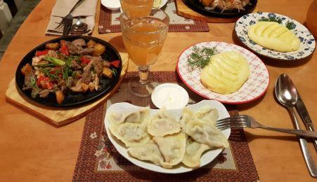 Cucina Russa: Vareniki, purea di patate e bevanda Kvas